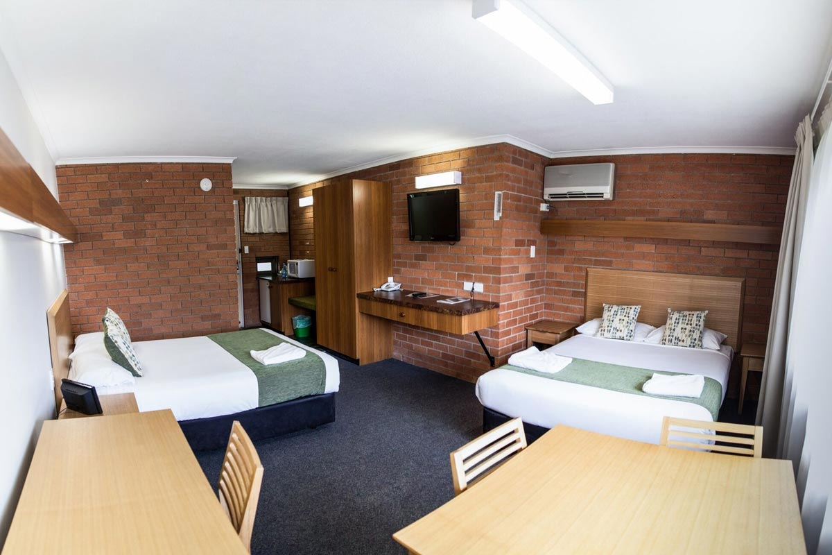 deluxe-queen-murwillumbah-accommodation3