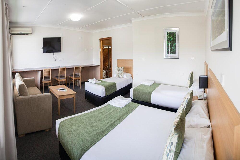 family-room-murwillumbah-accommodation2