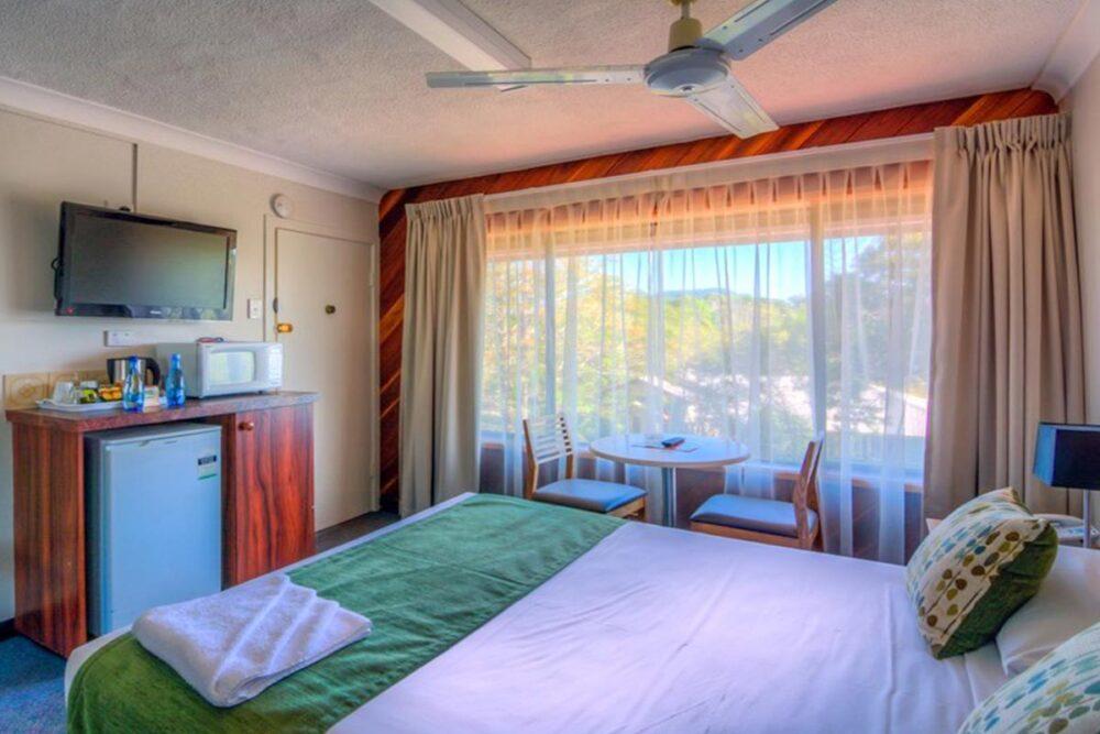 standard-queen-murwillumbah-accommodation3